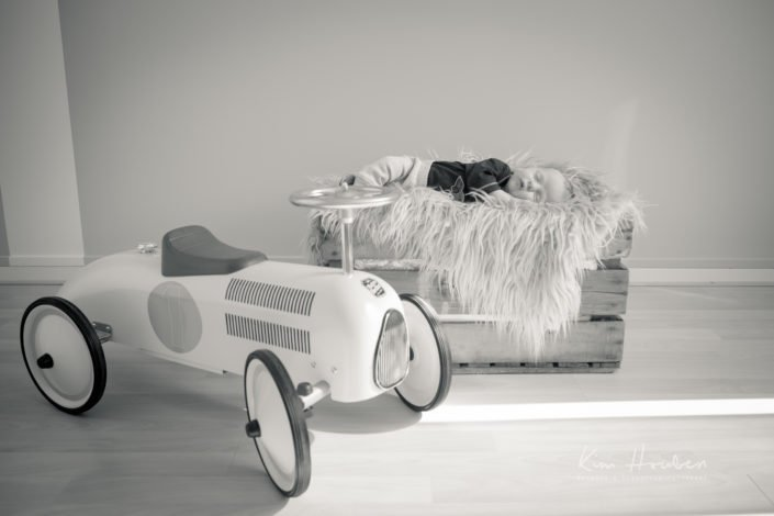newborn-lifestyle-fotoshoot-limburg-newbornfotografielimburg